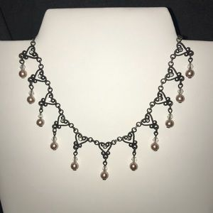 Delicate heart shaped choker necklace